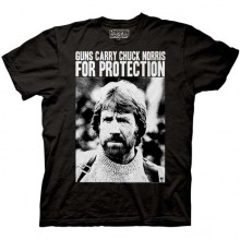 Guns Carry Chuck Norris For Protection T-Paita