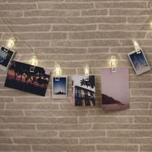 Valoketju Valokuvapidikkeillä