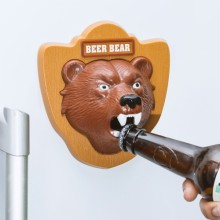Pullonavaaja Beer Bear