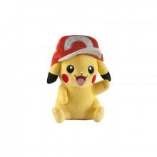 Pokemon pehmolelu Pikachu lippiksellä 25 cm